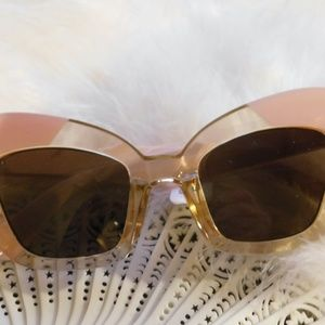 I Sea Accessories - Free People Extreme Cat Eye Sunglasses by I Sea